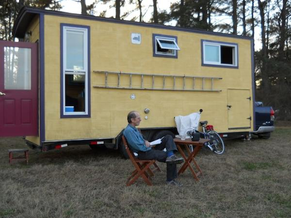 jane-dwinell-tiny-house-travels-2